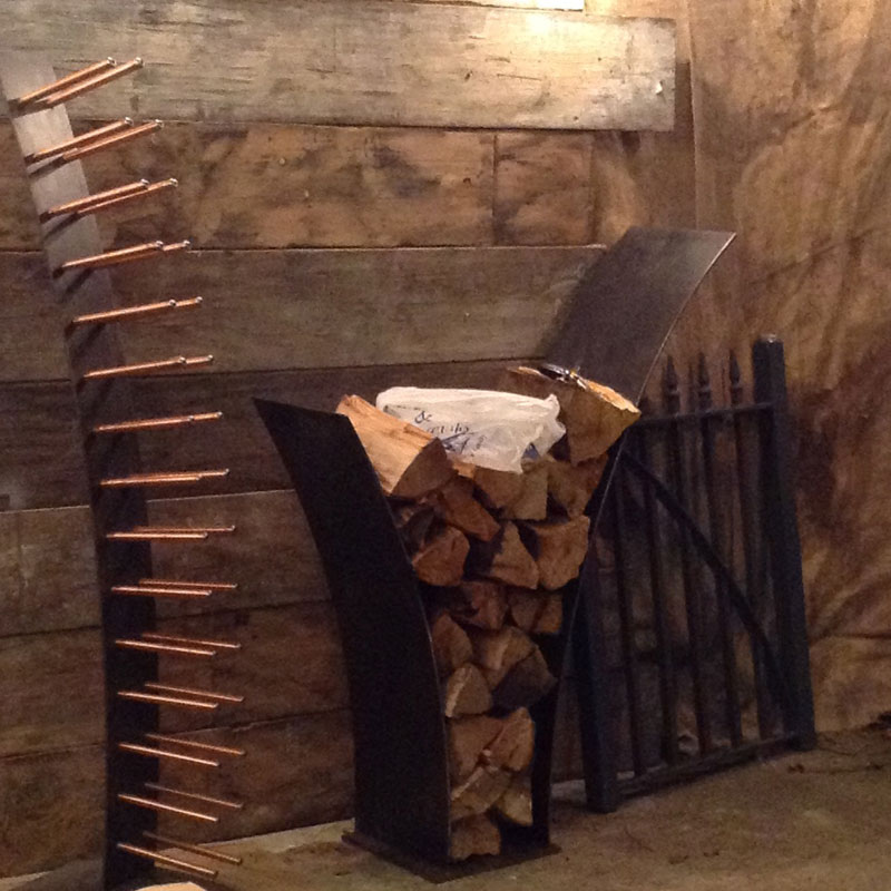 barfoot log store
